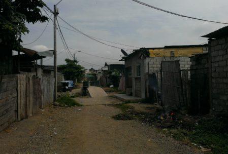 Die Straße, in der wir unterrichten