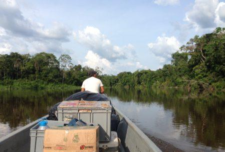 Anreise auf dem Río Cuayabeno